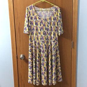 LuLaRoe Nicole midis Dress